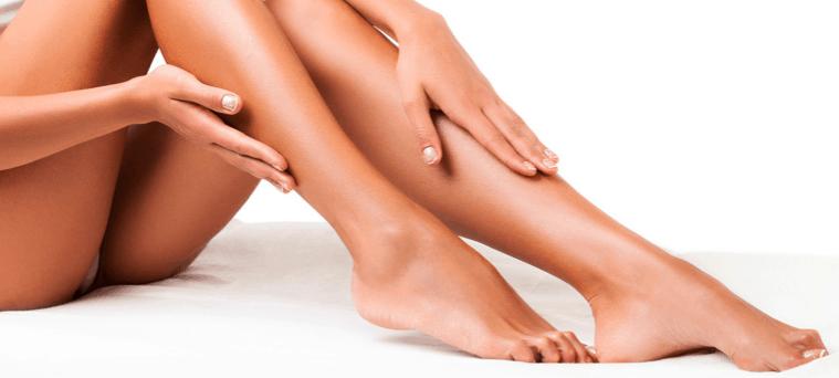 piernas depiladas con Depiladora IPL
