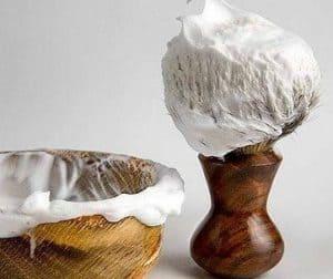 brocha de afeitar de madera
