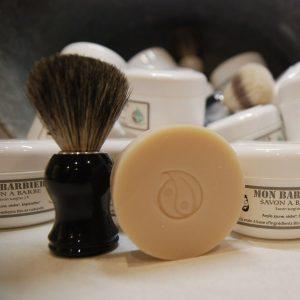 jabón para barba y brocha