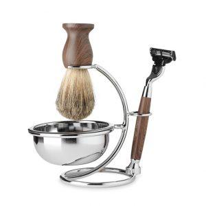 brocha de afeitar y cuchilla