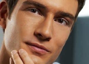 productos para después del afeitado para pieles grasas