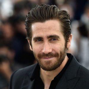 actor con cejas depiladas